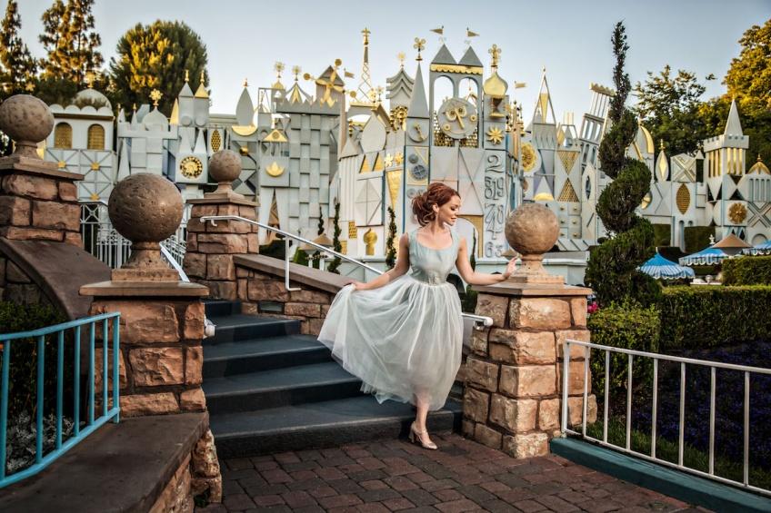 Une séance photo digne d'une princesse Disney après avoir rompu avec son fiancé