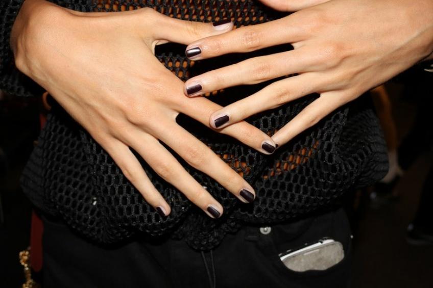 Nail contouring : quand l'ongle se met lui aussi à la tendance du contouring !