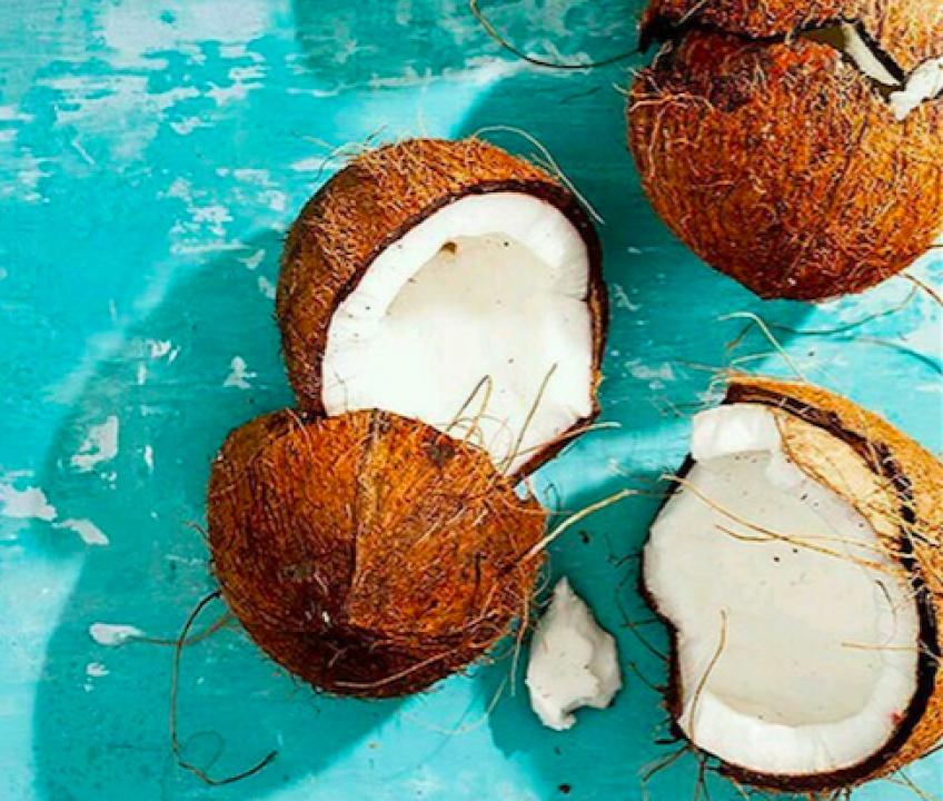 L'huile de noix de coco : un partenaire à la beauté exotique !