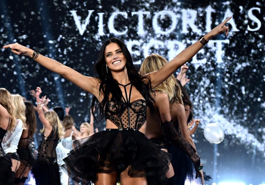 Alerte : Le défilé Victoria Secret's aura bien lieu à Paris !