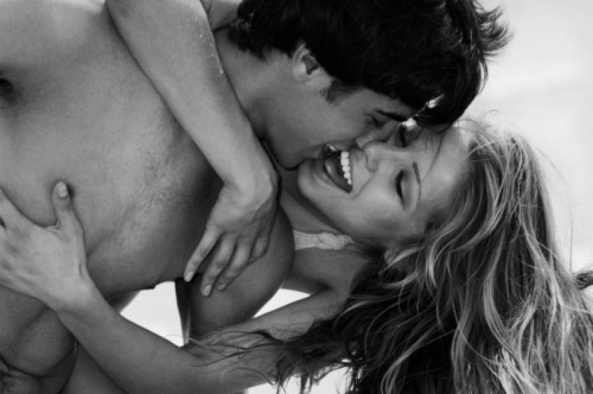 Les couples heureux n'étalent pas leur vie sentimentale sur les réseaux sociaux !