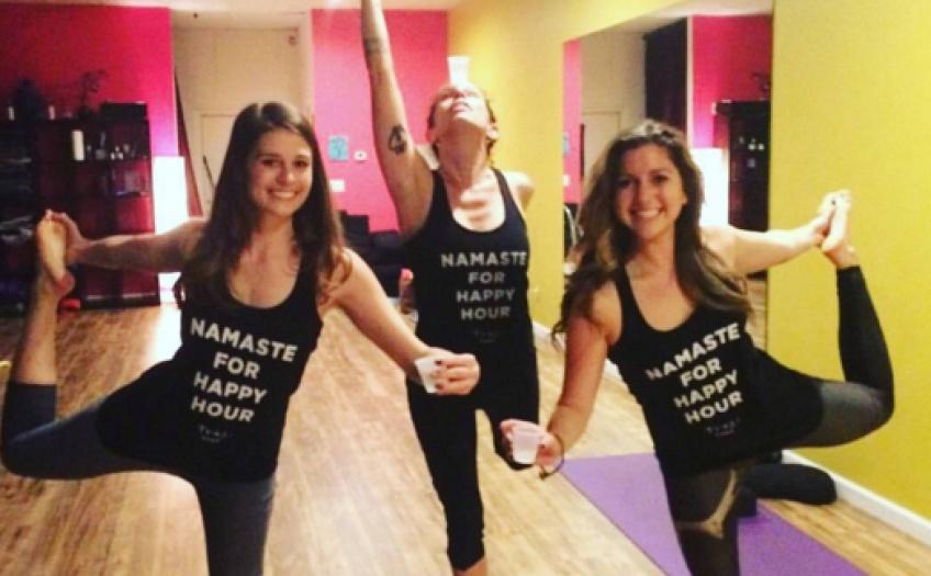 La dernière tendance qui fait fureur : le cours de yoga-tequila !