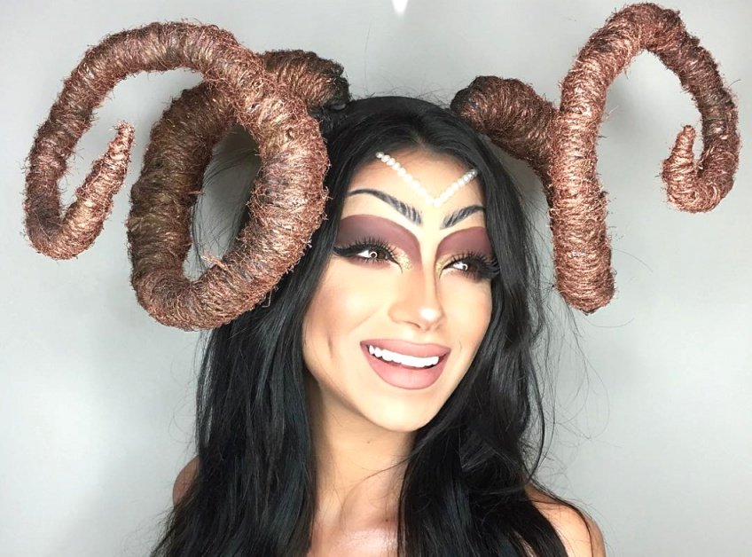 Cette Make-Up Artist reproduit les signes astrologiques et fait un carton