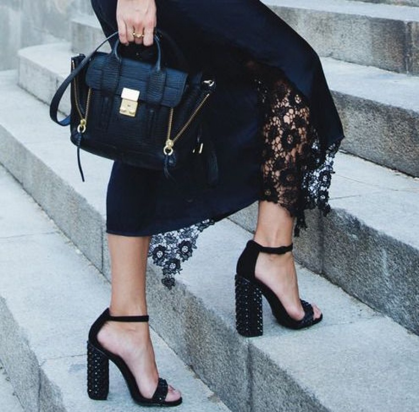 25 sublimes jupes en dentelle pour sublimer votre silhouette