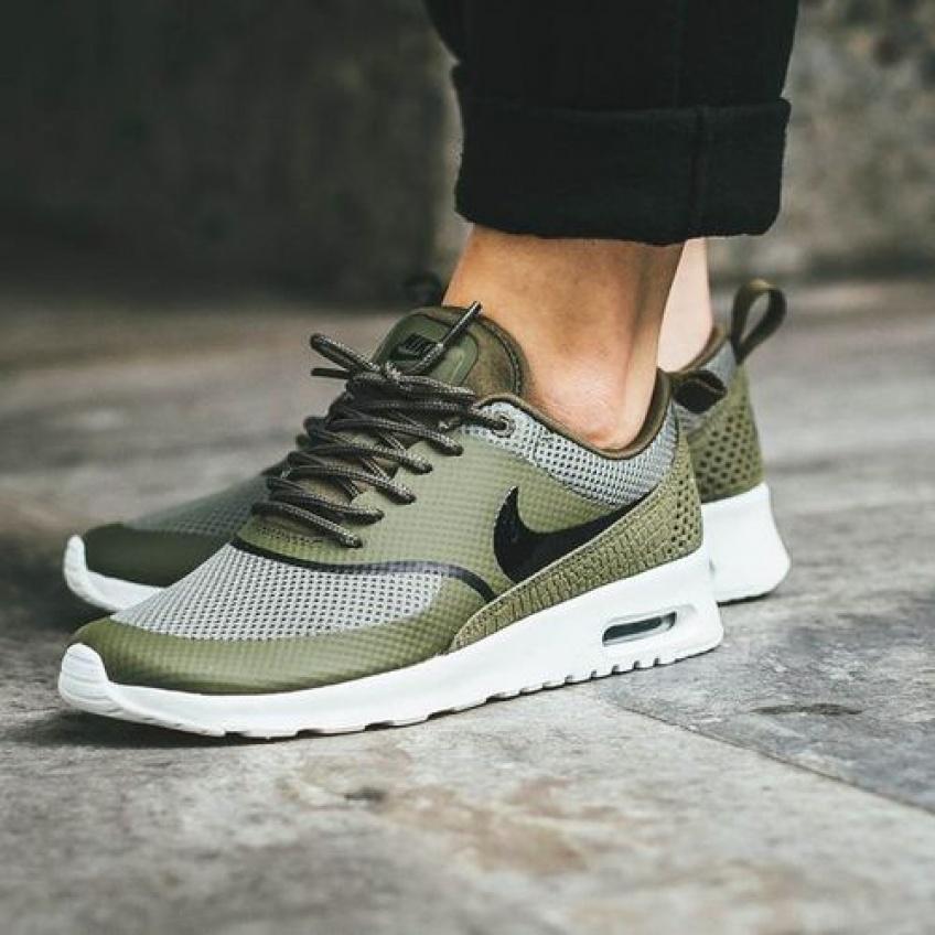 #SneakersWeek : Du kaki pour se pavaner avec style