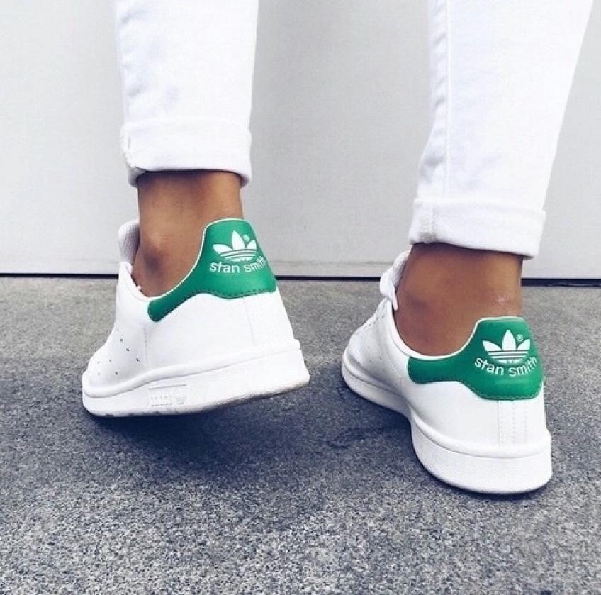 #SneakersWeek : Jamais sans des baskets à scratchs