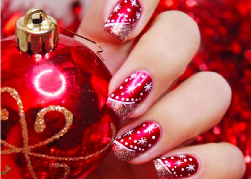 #Spécial Noël : 20 sublimes Nail Art qui vont faire tomber la mère Noël de son traineau !
