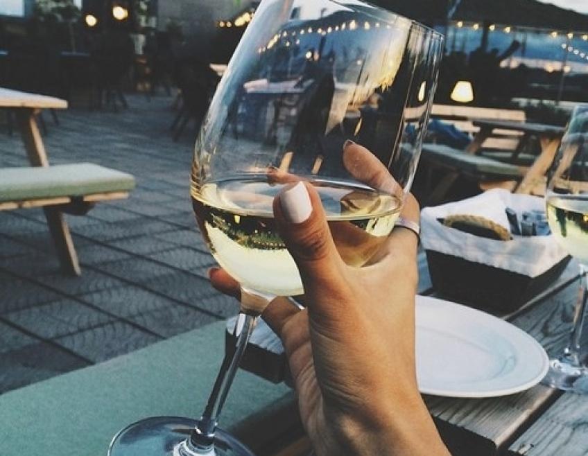20 choses que vous comprendrez si vous êtes une inconditionnelle du vin blanc
