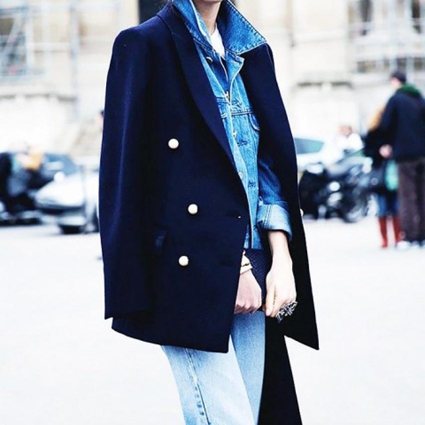 Duo tendance : Blazer + chemise en jean pour un look de folie