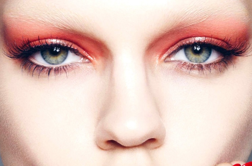 Le pêche, la nouvelle couleur de make-up qui va s'imposer ce printemps