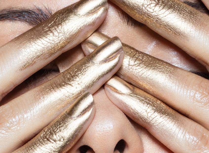 20 idées de golden nail arts