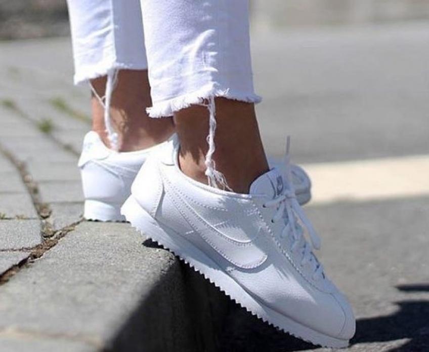 Sneakers blanches : 40 paires canon à acquérir immédiatement