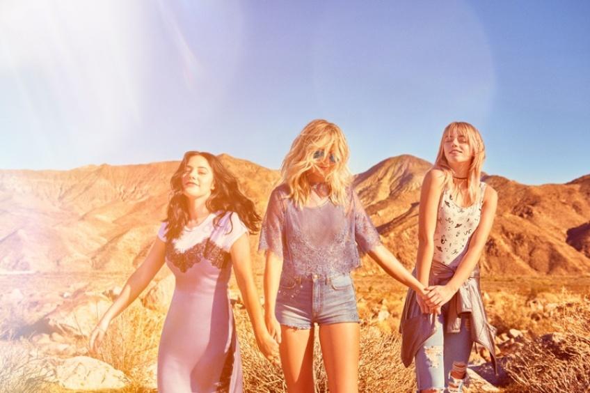 Ça y est ! La nouvelle collection H&M loves Coachella est là !