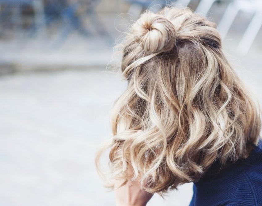 20 habitudes géniales pour des cheveux plus forts, plus brillants et en meilleure santé !