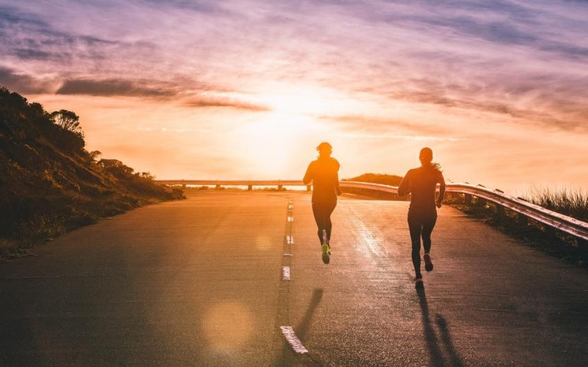 6 astuces pour bien choisir sa partenaire de course