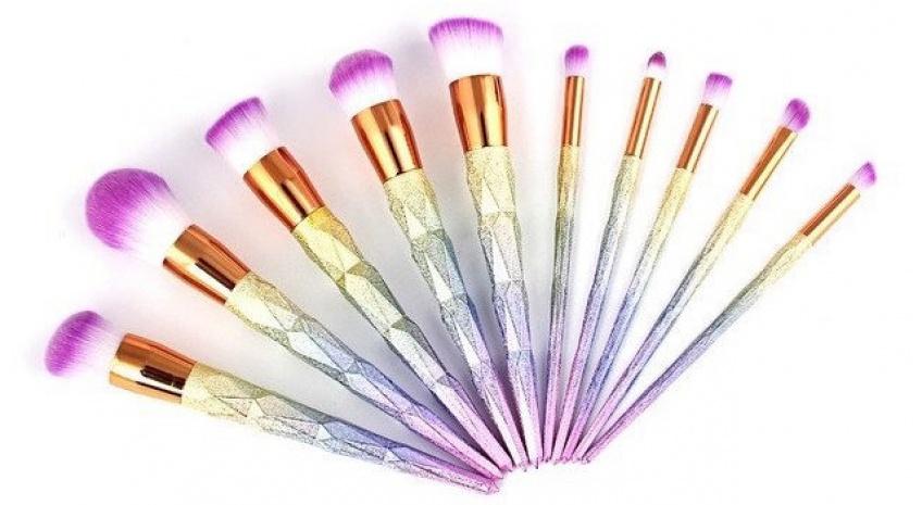 Galaxy brush set : La voie lactée dans votre trousse à maquillage