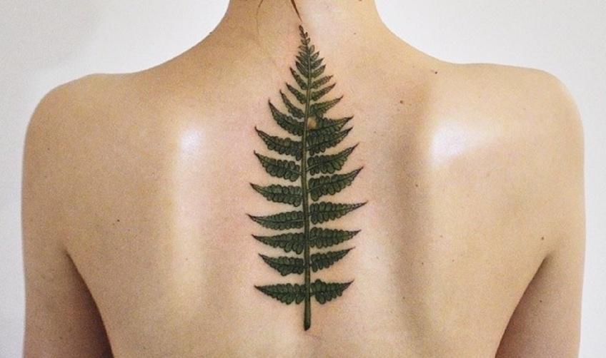 30 idées sublimes de tatouages à se faire dans le dos