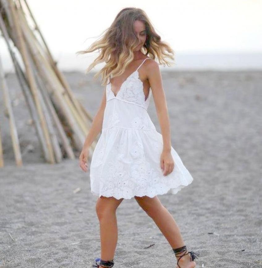 30 jolies robes qui vous donneront du style même sur la plage !