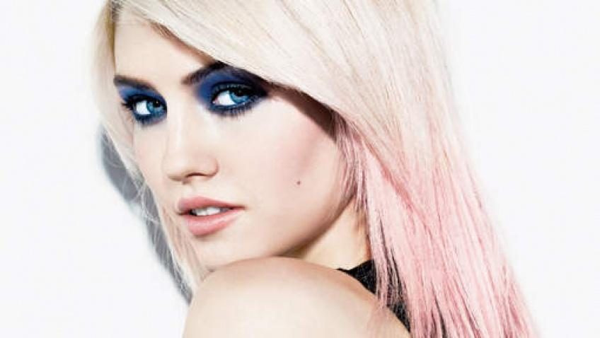 Pink Champagne Hair : la toute dernière coloration qui fait un carton chez les beautystas