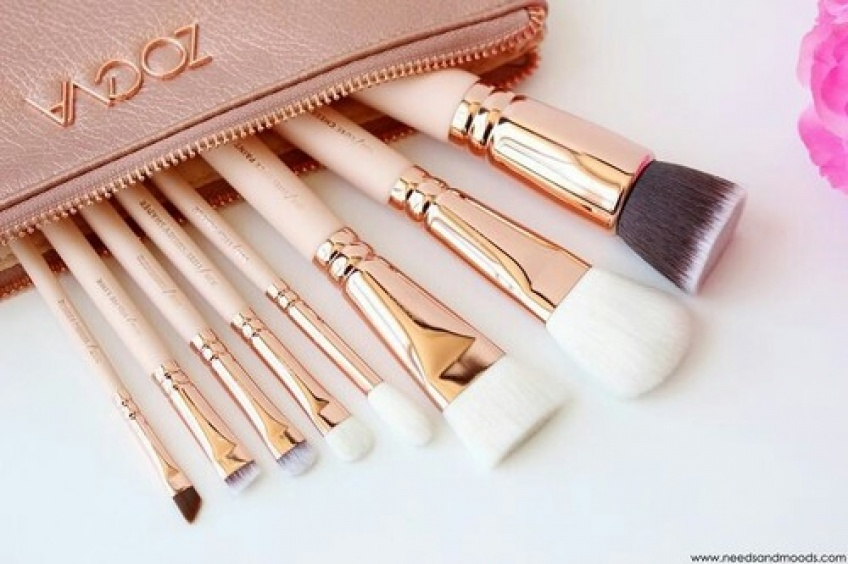 Comment nettoyer vos pinceaux à maquillage proprement ET rapidement ?