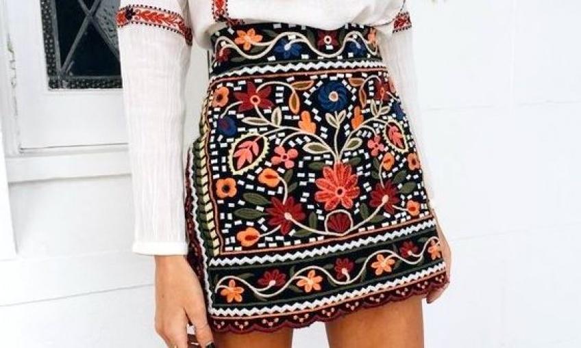 30 sublimes mini jupes pour vous accompagner tout l'été