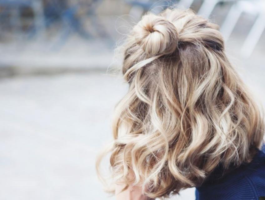 5 tutos coiffures faciles à faire pour les cheveux courts