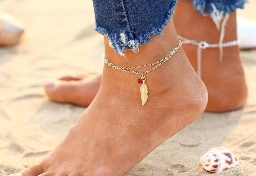 40 bijoux hyper-stylés pour parer ses chevilles cet été !