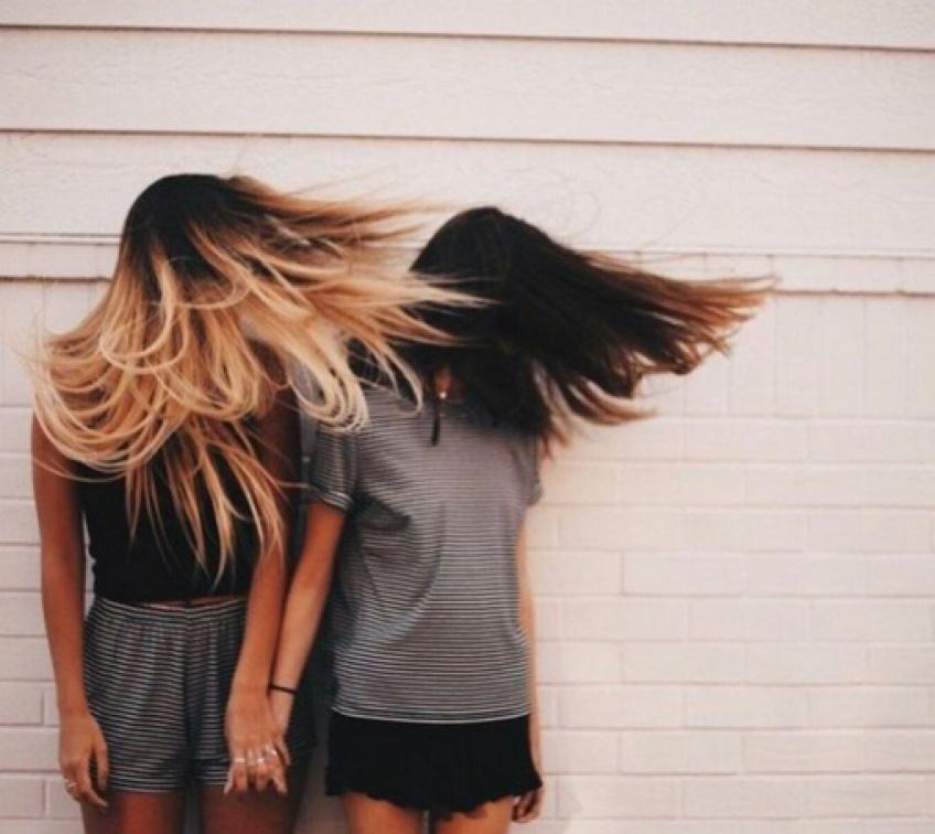 L'astuce infaillible pour avoir des cheveux brillants en 3 secondes !