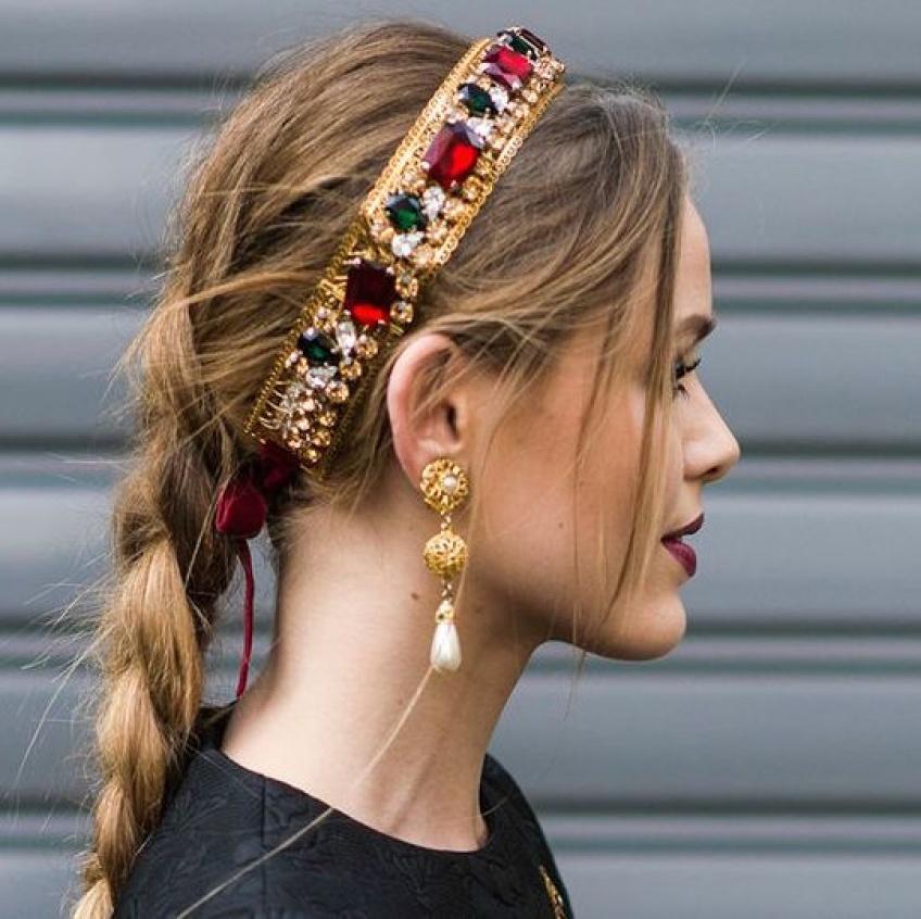 20 sublimes bijoux de tête pour accessoiriser ses coiffures
