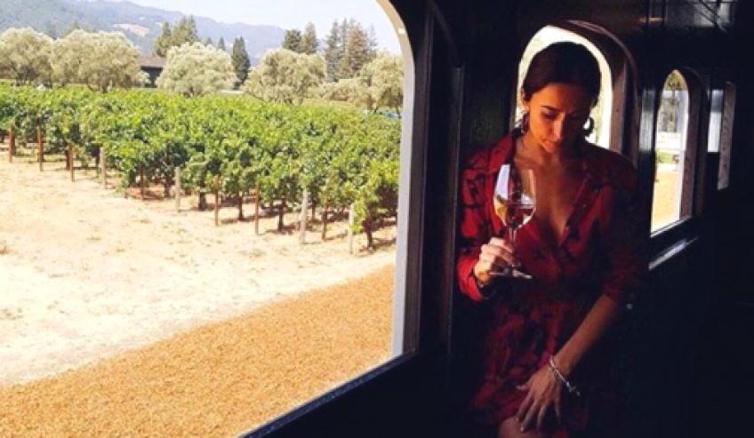 Ce 'wine train' vous emmène dans les plus beaux vignobles d'Amérique !