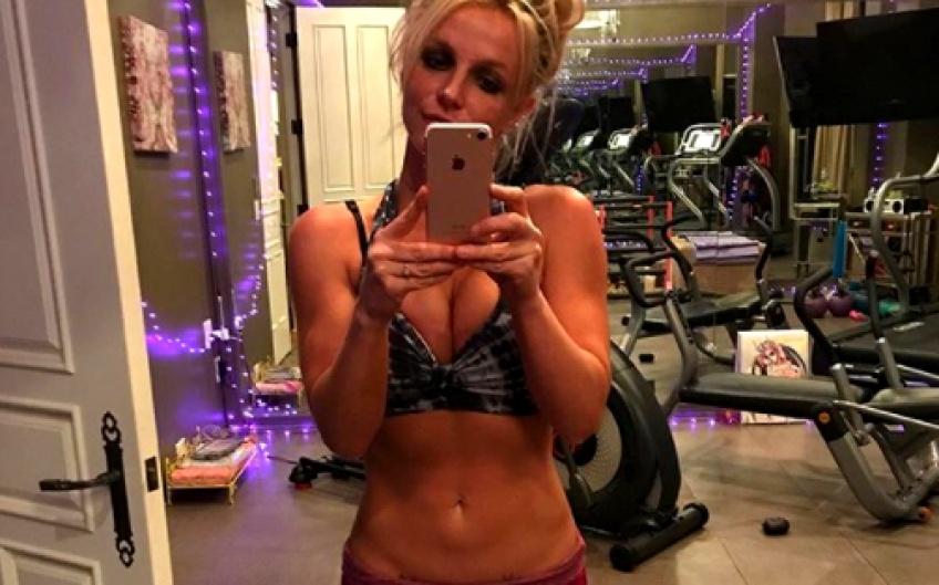 Britney Spears se re-convertit en fit-girl et ça n'est pas pour nous déplaire !