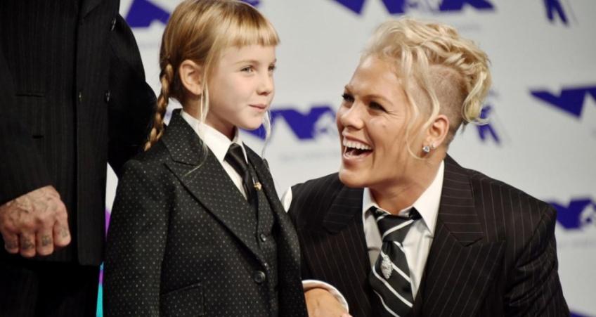 MTV Video Music Awards : Pink adresse un discours poignant à sa fille en direct