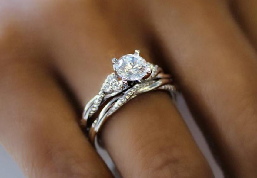 40 merveilleuses bagues de fiançailles pour dire Oui à votre Jules !