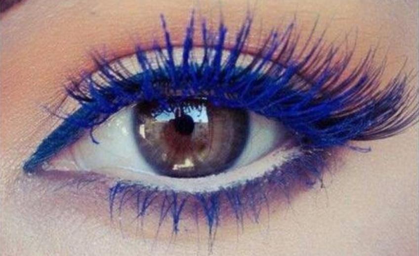 Tendance make-up : 5 façons de le porter le mascara coloré