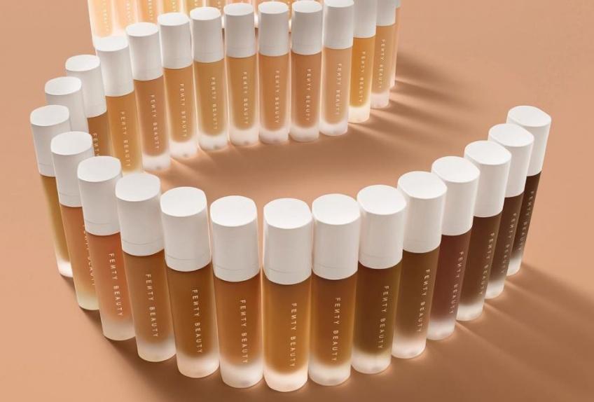 Fenty Beauty : Découvrez à quoi ressemblent les 40 teintes du fond de teint de Rihanna