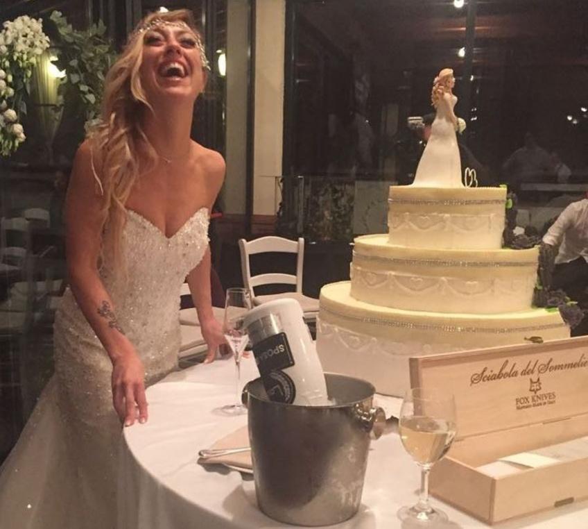 Lassée du célibat, une Italienne a décidé de se marier avec elle-même!