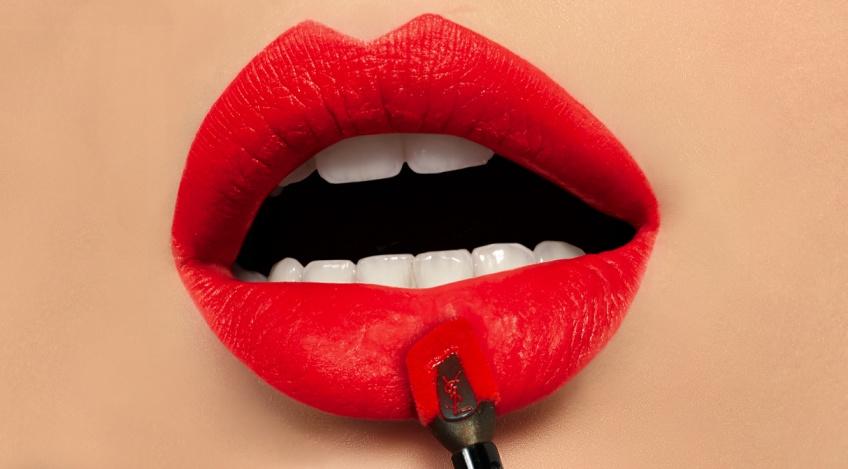 Tatouage Couture : la nouvelle encre à lèvres mate d'YSL Beauté qui nous fait craquer