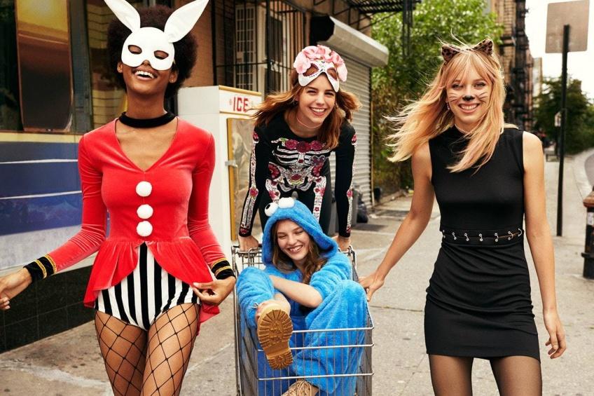 Alerte ! H&M dévoile une collection de déguisements pour Halloween canon !