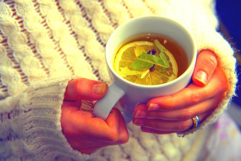 5 infusions de grand-mère pour affronter l'hiver !