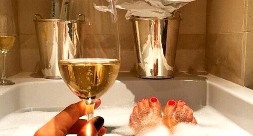 Pourquoi la 1ère coupe de Champagne vous montera-t-elle toujours plus à la tête que le reste ?