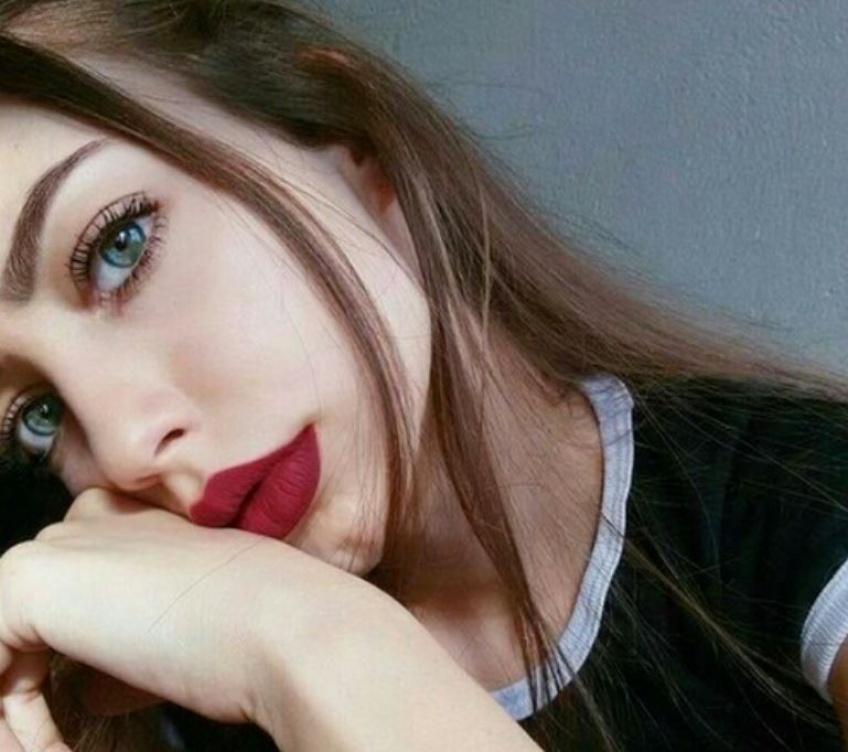 10 Sublimes façons d'assortir son make-up des yeux et de la bouche