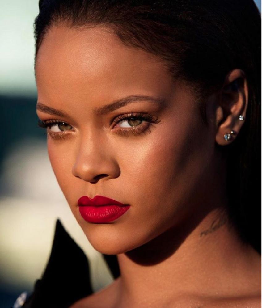 Découvrez le Stunna Lip Paint de Rihanna sur 9 femmes aux carnations différentes