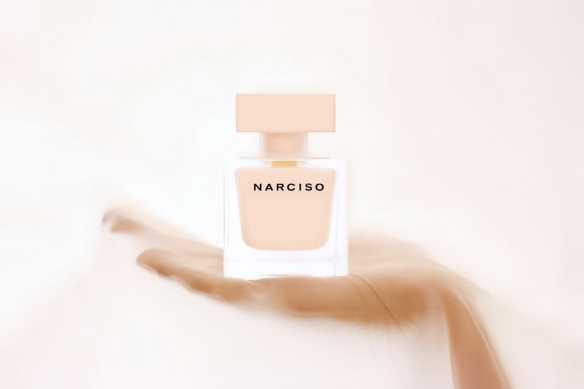 Découvrez les 5 pouvoirs insoupçonnés du parfum !