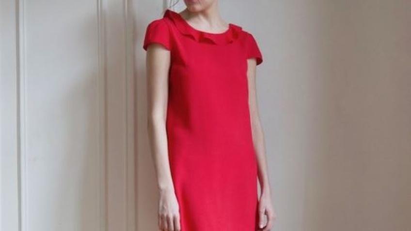 35 sublimes robes rouges pour être la plus sexy des mères Noël !