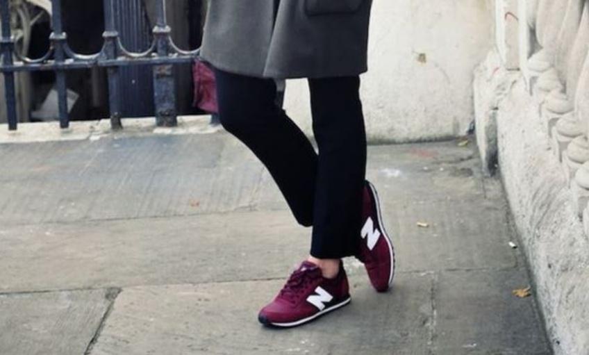 20 sublimes paires de baskets bordeaux pour égayer vos tenues d'hiver !