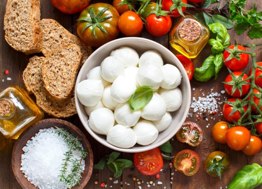 10 recettes ultra-simples pour les fans de mozzarella !