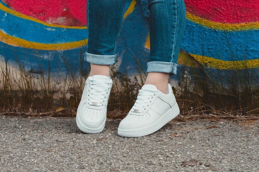 Le guide de la basket blanche : comment les entretenir à la perfection ?
