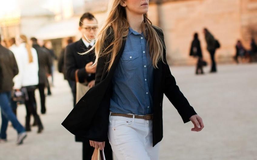 Blazer + chemise en jean : le combo le plus tendance du moment !