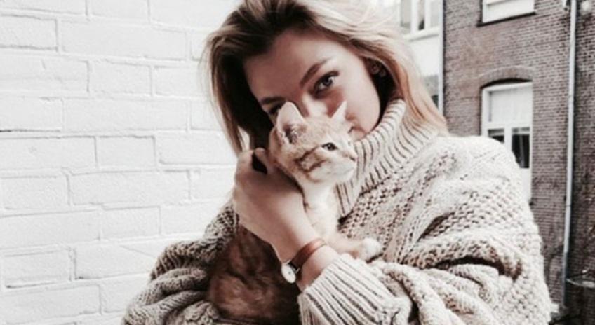Le job de rêve pour toutes les amoureuses de chats !