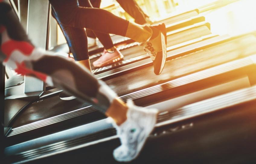 5 routines sur tapis de course pour affiner vos jambes et galber vos fesses !